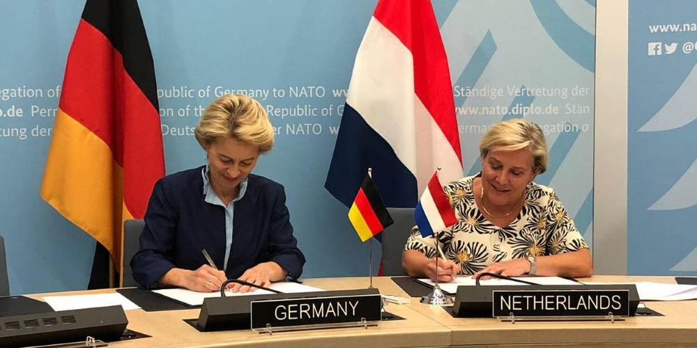 Dutch Germany signing TEN agreement