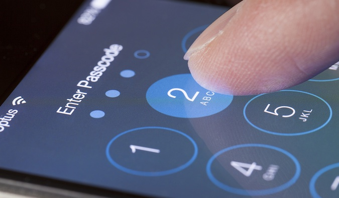 Apple iOS exploit prices drops due to large number of vulnerabilities
