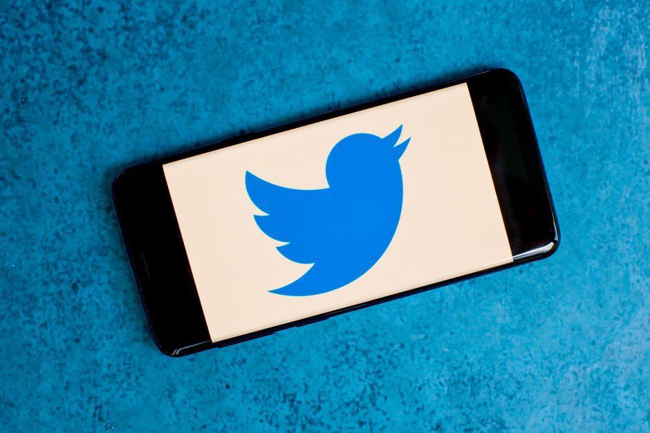 twitter-logo-11.jpg